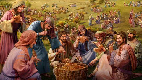 Ο Ιησούς ταΐζει τους πέντε χιλιάδες (2)