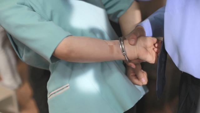 Δίωξη για λόγους πίστης: ο Θεός την καθοδήγησε για να τα βγάλει πέρα σε 6ήμερη ανάκριση και 23ήμερη κράτηση