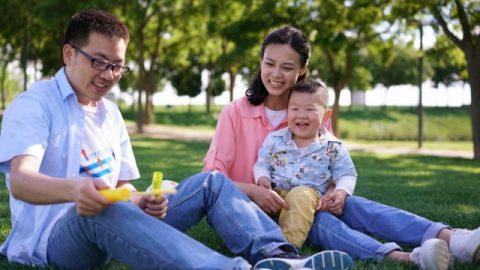 Οι έξι καμπές στην ανθρώπινη ζωή – Απόγονοι: Η πέμπτη καμπή