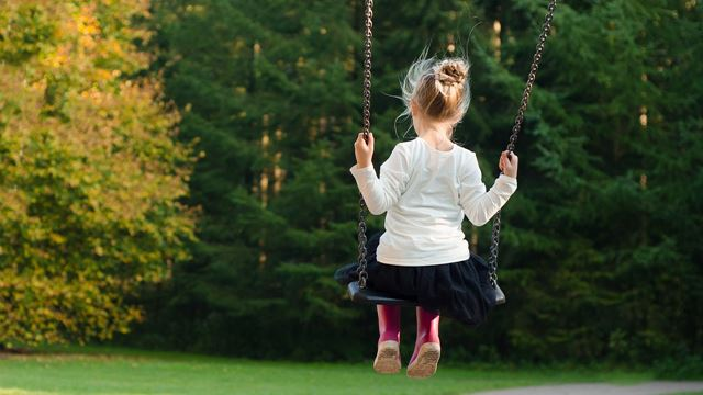 little girl,swing